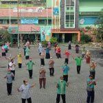 SMA Wachid Hasyim 2 Taman, Jadwalkan Senam Rutin untuk Guru